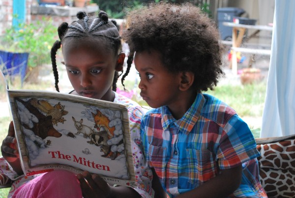 maezi reading with brother